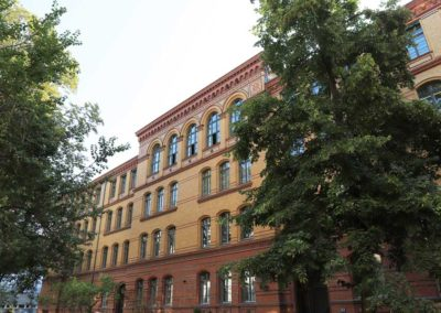 """Hermann Hesse Gymnasium – Sanierung im Programm """"Städtebaulicher Denkmalschutz"""""""